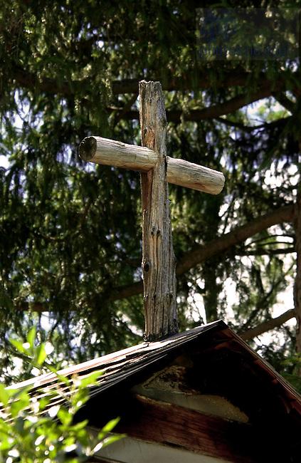 Log Chapel detail