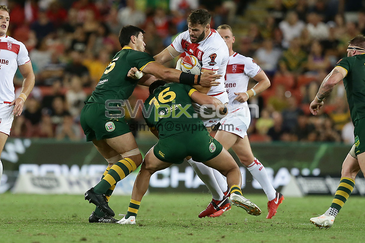 England's Alex Walmsley is tackled during the Rugby League World Cup final between Australia and England, Suncorp Stadium, Brisbane, Australia, 2 December 2017. Copyright Image: Tertius Pickard / www.photosport.nz MANDATORY CREDIT/BYLINE : SWpix.com/PhotosportNZ
