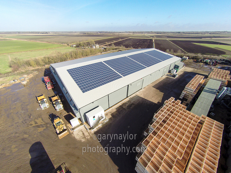 11,000t box potato store with solar panels on the roof - Cambridgeshire, February