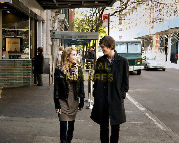 Emma Roberts & Freddie Highmore.in The Art of Getting By.*Filmstill - Editorial Use Only*.CAP/PLF.Supplied by Capital Pictures.