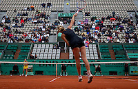Alona Bondarenko (UKR) (27) against Jelena Jankovic (SRB) (4) in the second round of the women's singles. ..Tennis - French Open - Day 7 - Say 30 May 2010 - Roland Garros - Paris - France..© FREY - AMN Images, 1st Floor, Barry House, 20-22 Worple Road, London. SW19 4DH - Tel: +44 (0) 208 947 0117 - contact@advantagemedianet.com - www.photoshelter.com/c/amnimages