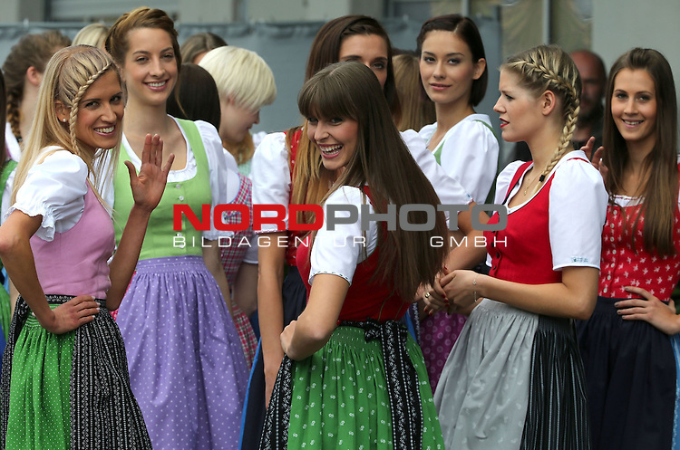 Austrian GP Impressions - Grid Girls<br /> for the complete Middle East, Austria &amp; Germany Media usage only!<br />  Foto &copy; nph / Mathis