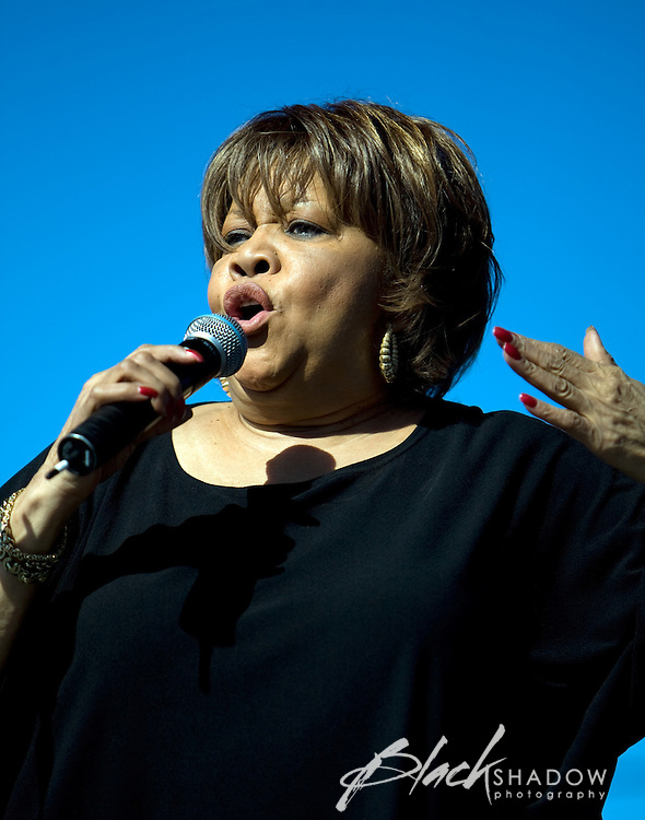 Mavis Staples performing at the Point Nepean music festival, March 2008