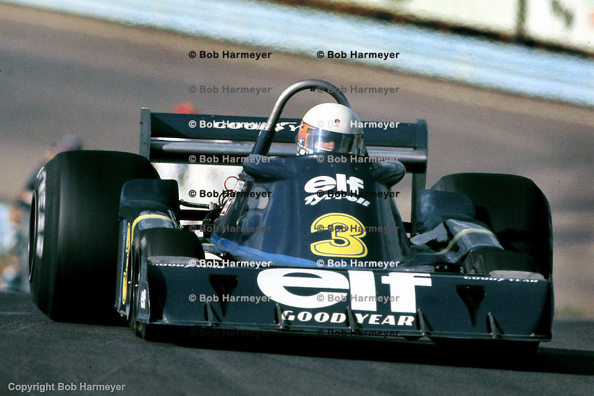 Jody Scheckter drives the Tyrrell P34 six wheel Formula 1 car during the 1976 US Grand Prix at Watkins Glen, New York.