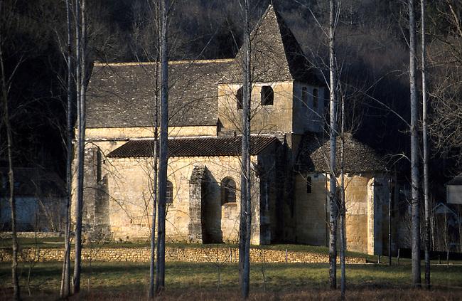 Eglise de Carsac XII siecle, Dordogne *** XII century Church in Carsac, Dordogne.