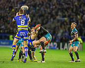 2nd February 2019, Halliwell Jones Stadium, Warrington, England; Betfred Super League rugby, Warrington Wolves versus Leeds Rhinos; Daryl Clark takes a high ball