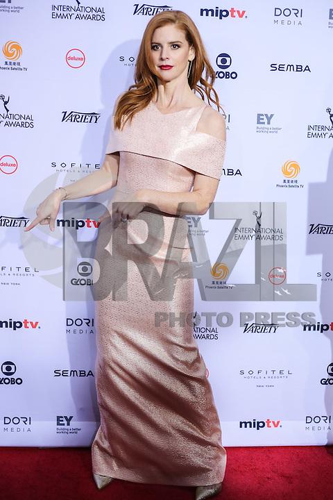 NEW YORK, NY 21.11.2016 - EMMY-2016 - Sarah Rafferty durante tapete vermelho do Emmy Internacional 2016 prêmio dos melhores atores e novelas da TV, em Nova York, nos Estados Unidos na noite desta segunda-feira, 21. (Foto: Vanessa Carvalho/Brazil Photo Press)