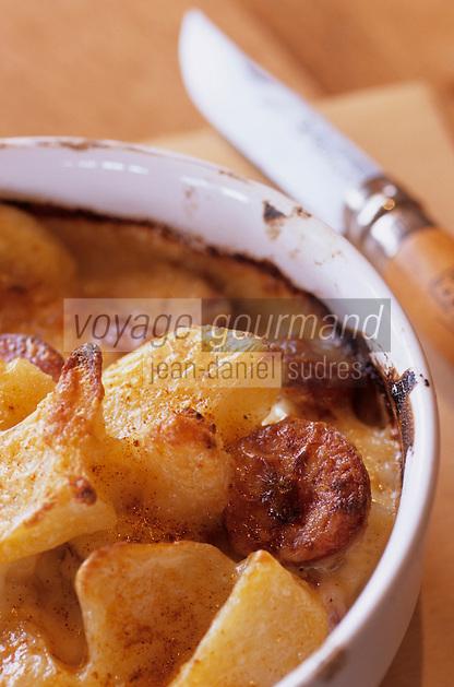 """Europe/France/Rhône-Alpes/38/Isère/Les Deux-Alpes: Gratin de pommes de terre aux diots recette du Restaurant Chalet d'Altitude """"Coup de Coeur"""""""