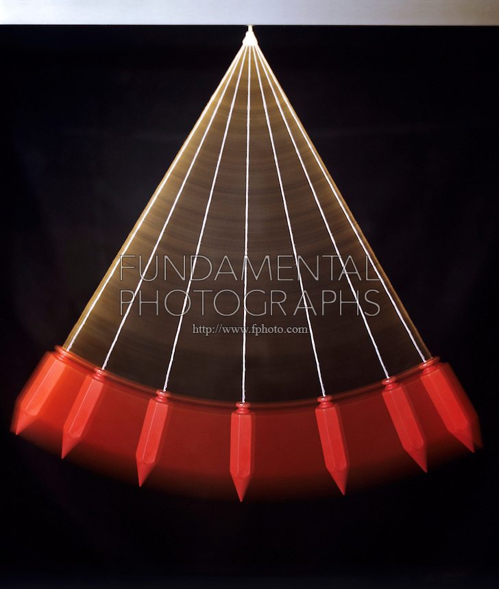 SIMPLE PENDULUM - Stroboscopic image<br />