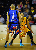 Lindsay Tait in action during the national basketball league match between Wellington Saints and Taranaki Mountain Airs at TSB Bank Arena, Wellington, New Zealand on Friday, 17 April 2015. Photo: Dave Lintott / lintottphoto.co.nz