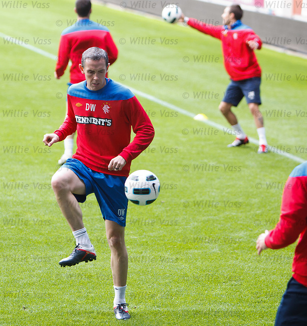 David Weir back in full training
