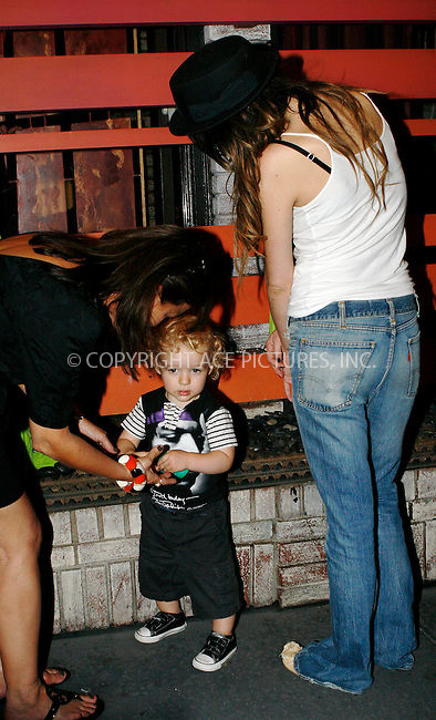 WWW.ACEPIXS.COM . . . . .  ....September 8 2010, New York City....Ashlee Simpson and son Bronx Mowgli seen out in Manhattan on September 8 2010 in New York City....Please byline: NANCY RIVERA- ACEPIXS.COM.... *** ***..Ace Pictures, Inc:  ..Tel: 646 769 0430..e-mail: info@acepixs.com..web: http://www.acepixs.com