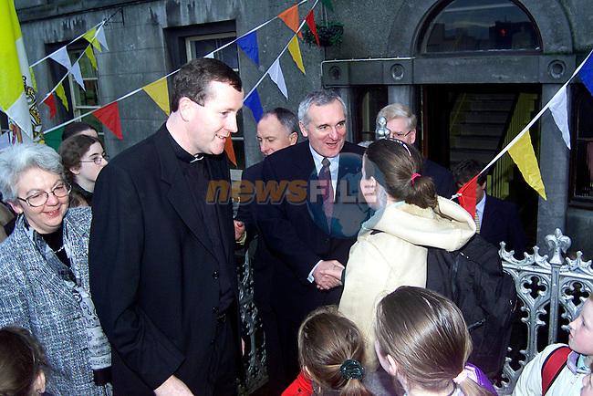 Taoiseach Bertie Ahern meeting students at Fatima School..Picture: Paul Mohan/Newsfile