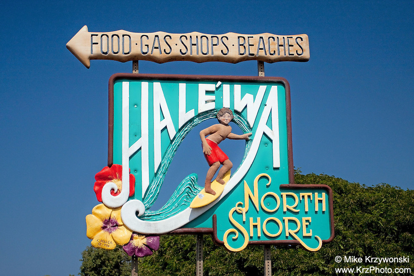 Iconic Haleiwa sign along the Jospeh Leong bypass Rd., Haleiwa, HI