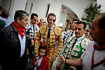 Spanish matador Juan Jose Padilla (C) posses with the supporters before the last corrida of the San Fermin Festival, on July 14, 2012, in the Northern Spanish city of Pamplona. (c) Pedro ARMESTRE