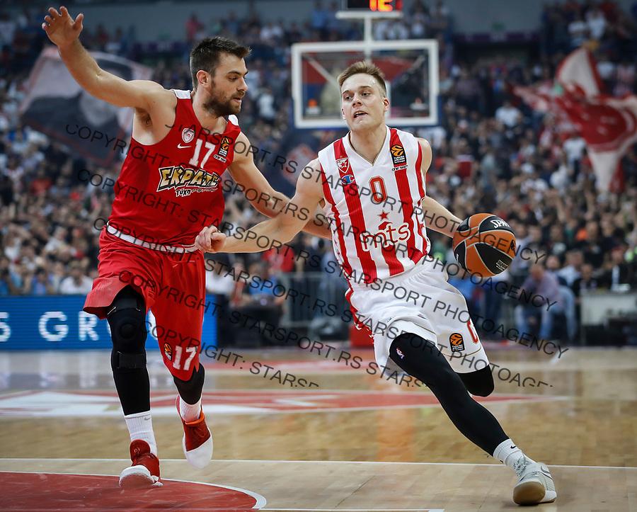Kosarka Euroleague season 2016-2017<br /> Crvena Zvezda v Olympiacos (Athens)<br /> Nathan Wolters and Vangelis Mantzaris (L)<br /> Beograd, 22.03.2017.<br /> foto: Srdjan Stevanovic/Starsportphoto &copy;