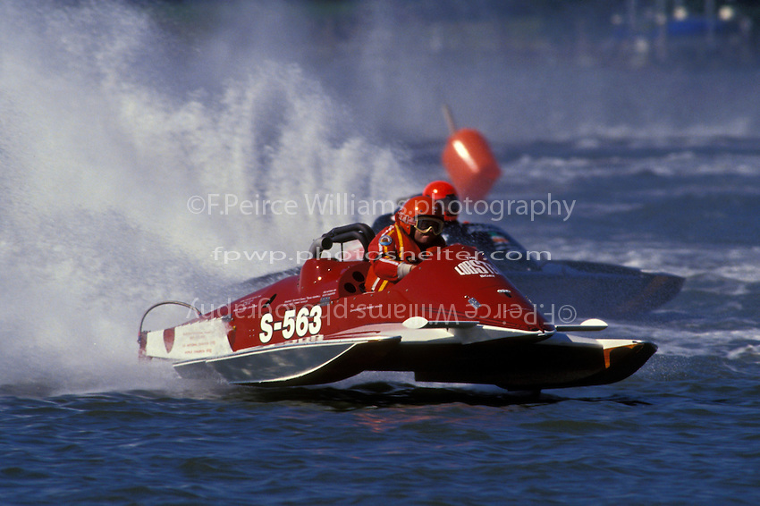 "Robert Weaver, S-563 ""The Lobster Boat""  and Ann Fitzgerald, S-90 ""Thuman's Deli Best"" (2.5 Litre Stock hydroplane(s) Portsmouth, OH 1993"