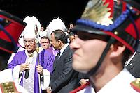 RIO DE JANEIRO 10 DE JULHO 2012 - VELORIO DO CARDEAL DON EUGENIO SALES, ARCEBISPO EMERITO DO RIO DE JANEIRO.<br /> Nesta terça feira (10), foi realizado o cortejo da chegada do corpo e velório do Cardel Don Eugenio Sales, Arcepispo Emérito da Arquidiocese do Rio de janeiro-RJ.<br /> O velório esta acontecendo na Catedral Sebastiao no Centro do Rio de Janeiro.<br /> Esteve presente o governador do Rio sergio Cabral e do prefeito da cidade do Rio Eduardo Paes e do arcebispo atual Don Elano Tempesta.<br /> FOTO RONALDO BRANDAO/BRAZIL PHOTO PRESS<br /> Sergio Cabral governador do estado do Rio de Janeiro e o atual arcebispo Don Elano Tempesta