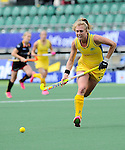 The Hague, Netherlands, June 05: Emily Hurtz #17 of Australia in action during the field hockey group match (Women - Group A) between Belgium and Australia on June 5, 2014 during the World Cup 2014 at Kyocera Stadium in The Hague, Netherlands. Final score 2:3 (1:1) (Photo by Dirk Markgraf / www.265-images.com) *** Local caption ***
