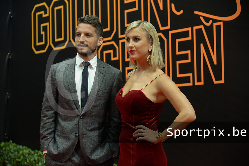 20190116 – PUURS ,  BELGIUM : Dries Mertens (L) en Kaat Kerckhofs (R) pictured during the  65nd men edition of the Golden Shoe award ceremony and 3th Women's edition, Wednesday 16 January 2019, in Puurs Studio 100 Pop Up Studio. The Golden Shoe (Gouden Schoen / Soulier d'Or) is an award for the best soccer player of the Belgian Jupiler Pro League championship during the year 2018. The female edition is the thirth one in Belgium.  PHOTO DIRK VUYLSTEKE | Sportpix.be