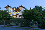 Contemporary house on a Pacific Northwest evening