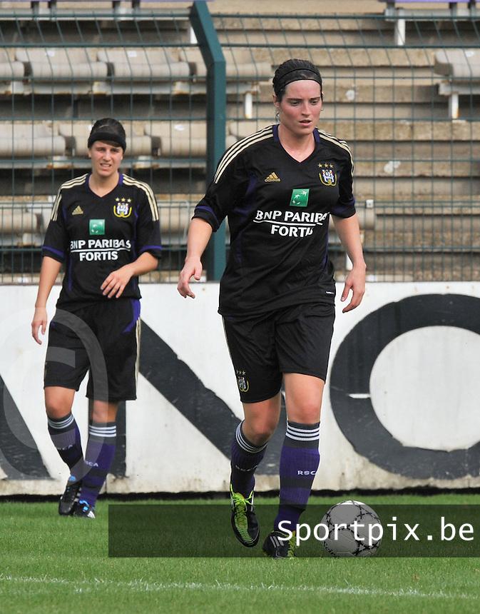 Rassing Harelbeke - RSC Anderlecht : Cecile De Gernier.fotografe Joke Vuylsteke - vrouwenteam.be