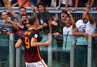 Calcio, Serie A: Roma vs Juventus. Roma, stadio Olimpico, 30 agosto 2015.<br /> Roma&rsquo;s Edin Dzeko celebrates after scoring during the Italian Serie A football match between Roma and Juventus at Rome's Olympic stadium, 30 August 2015.<br /> UPDATE IMAGES PRESS/Riccardo De Luca