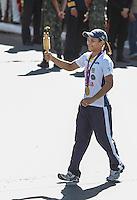 ATENCAO EDITOR: FOTO EMBARGADA PARA VEICULOS INTERNACIONAIS - BRASILIA, DF, 07 SETEMBRO 2012 - DESFILE 7 SETEMBRO - Judoca medalhista de ouro das Olimpias de londres Sarah Menezes durante desfile Civico-Militar em comemoracao ao Dia 7 de Setembro na cidade de Brasilia  na manha dessa sexta-feira. FOTO: VANESSA CARVALHO - BRAZIL PHOTO PRESS.