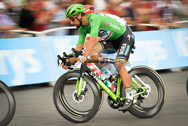 Green Jersey Peter Sagan (SVK) Bora-Hansgrohe in action during Stage 21 of the 2018 Tour de France running 116km from Houilles to Paris Champs-Elysees, France. 29th July 2018. <br /> Picture: ASO/Bruno Bade | Cyclefile<br /> All photos usage must carry mandatory copyright credit (© Cyclefile | ASO/Bruno Bade)