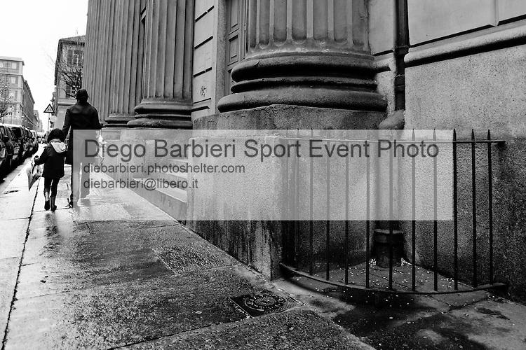 Marzo 2014 - Turin Street 3 Le foto degli album B&W sono disponibili come stampe. Per preventivi mail a diebarbieri@libero.it