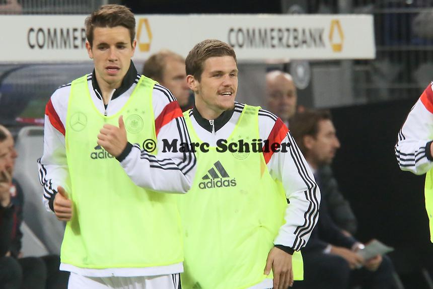 Sebastian Jung (D) bereitet sich vor - Deutschland vs. Polen, WM-Vorbereitung Testspiel, Imtech Arena Hamburg