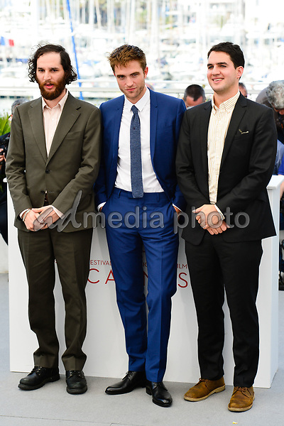 "25 May 2017 - Cannes, France - Josh Safdie, Robert Pattinson, Benny Safdie. ""Good Time"" Photocall - The 70th Annual Cannes Film Festival. Photo Credit: Jan Sauerwein/face to face/AdMedia"