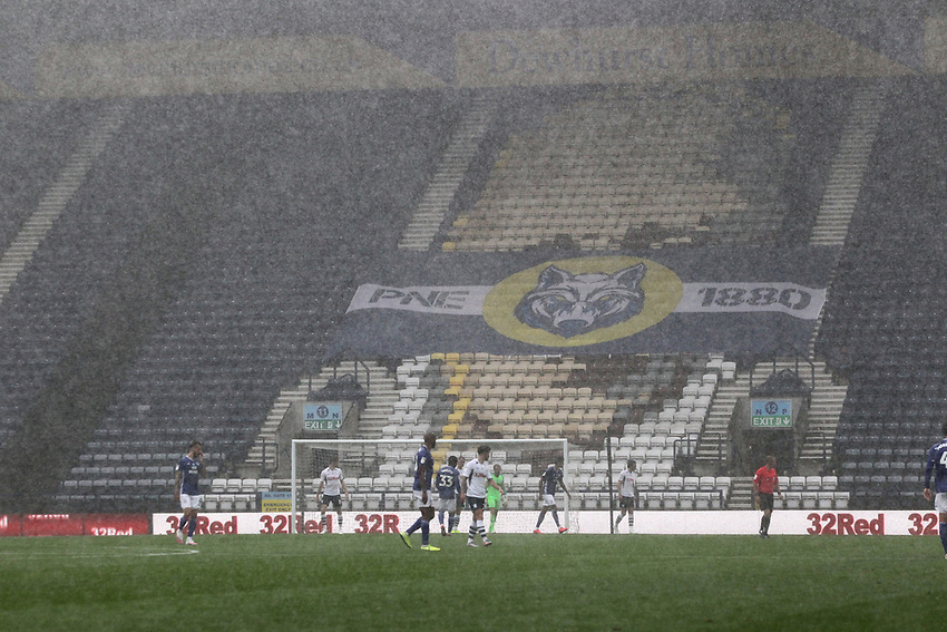 The game is played in a down pour in front of empty stands<br /> <br /> Photographer Mick Walker/CameraSport<br /> <br /> The EFL Sky Bet Championship - Preston North End v Cardiff  City - Saturday 27th June 2020 - Deepdale Stadium - Preston<br /> <br /> World Copyright © 2020 CameraSport. All rights reserved. 43 Linden Ave. Countesthorpe. Leicester. England. LE8 5PG - Tel: +44 (0) 116 277 4147 - admin@camerasport.com - www.camerasport.com