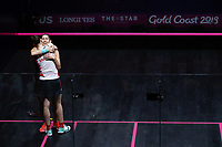 Joelle King of New Zealand shares a hug with Sarah-Jane Perry of England after the Women's Singles Final. Gold Coast 2018 Commonwealth Games, Squash, Oxenford Studios, Gold Coast, Australia. 9 April 2018 © Copyright Photo: Anthony Au-Yeung / www.photosport.nz /SWpix.com