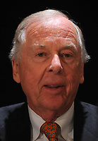 T Boone Pickens at a press conference for the Annual National Football Foundation Awards at the Waldorf Astoria, New York City. December 9, 2008.  Credit: Dennis Van Tine/MediaPunch