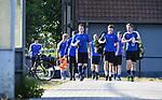 2018-06-26 / Voetbal / Seizoen 2018-2019 / Eerste training KFC Turnhout / De spelers op weg naar het trainingsveld<br /> <br /> ,Foto: Mpics