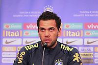 Dani Alves (Brasilien Brasilia) bei der brasilianischen Pressekonferenz - 26.03.2018: Abschlusstraining der Deutschen Nationalmannschaft, Olympiastadion Berlin