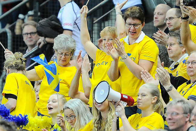 Leipzig, Germany, February 08: Swedish supporters during the placement match (5th / 6th) between Sweden (yellow) and Russia (red) on February 8, 2015 at the FIH Indoor Hockey World Cup at Arena Leipzig in Leipzig, Germany. Final score 1-3 (1-0). (Photo by Dirk Markgraf / www.265-images.com) *** Local caption ***