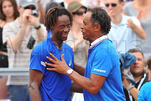 04.03.2016. Vélodrome Amédée Detraux, Guadeloupe, France. Davis Cup 1st round. France versus Canada.  Gael Monfils (Fra) et Yannick Noah