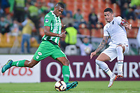 MEDELLIN - COLOMBIA, 29-05-2019: Cristian Moya del Nacional disputa el balón con Nino del Fluminense durante partido de vuelta entre Atlético Nacional de Colombia y Fluminense de Brasil por los dieciseisavos de final de la Copa CONMEBOL Sudamericana 2019 jugado en el estadio Atanasio Girardot de la ciudad de Medellín. / Cristian Moya of Nacional vies for the ball with Nino of Fluminense during second leg match between Atletico Nacional of Colombia and Fluminense of Brazil for the sixteenth-finals as part of the Copa CONMEBOL Sudamericana 2019 played at Atanasio Girardot stadium of Medellin city. Photo: VizzorImage / Leon Monsalve / Cont
