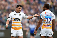 Juan de Jongh of Wasps speaks with team-mate Gaby Lovobalavu. Gallagher Premiership match, between Bath Rugby and Wasps on May 5, 2019 at the Recreation Ground in Bath, England. Photo by: Patrick Khachfe / Onside Images
