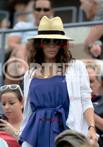 NEW YORK, NY - September 3, 2012: Actress Eva Longoria attends Day 8 of the 2012 U.S. Open Tennis Championships at the USTA Billie Jean King National Tennis Center in Flushing, Queens, New York, USA. © mpi105/MediaPunch Inc. /NortePhoto.com<br /> <br /> **CREDITO*OBLIGATORIO** <br /> *No*Venta*A*Terceros*<br /> *No*Sale*So*third*<br /> *** No*Se*Permite*Hacer*Archivo**<br /> *No*Sale*So*third*