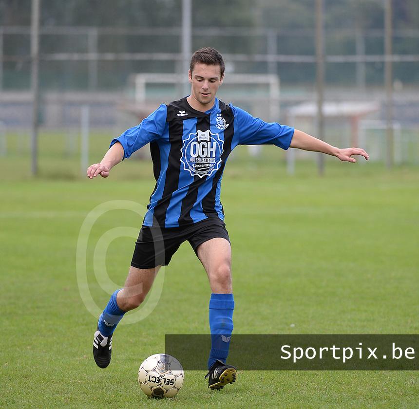 FC Varsenare : Jorre Decleer <br /> foto VDB / BART VANDENBROUCKE