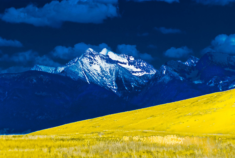 Mission Mountains. Mission Valley, Montana