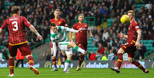 19.12.2015. Celtic Park, Glasgow, Scotland. Scottish Premier League. Celtic versus Motherwell. Callum McGregor shoots from the edge of the box