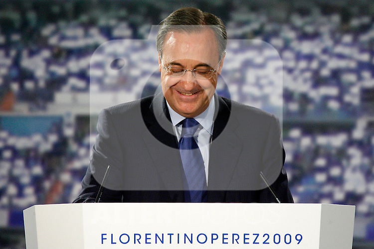 Florentino Perez during his presentation for Real Madrid's President Official Candidate.May 14 2009. (ALTERPHOTOS/Acero).