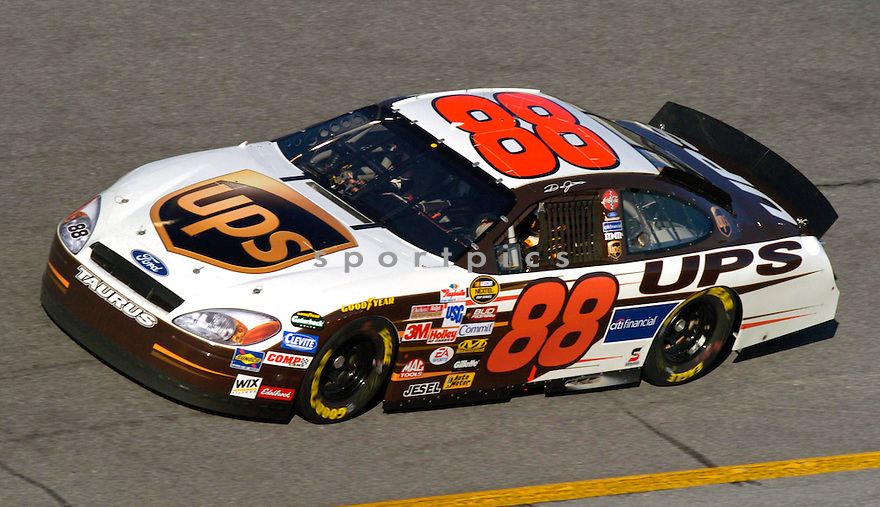 Dale Jarrett during the 2005 Daytona 500...David Durochik / SportPics