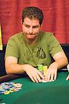 Defending champion, Alex Kahaner