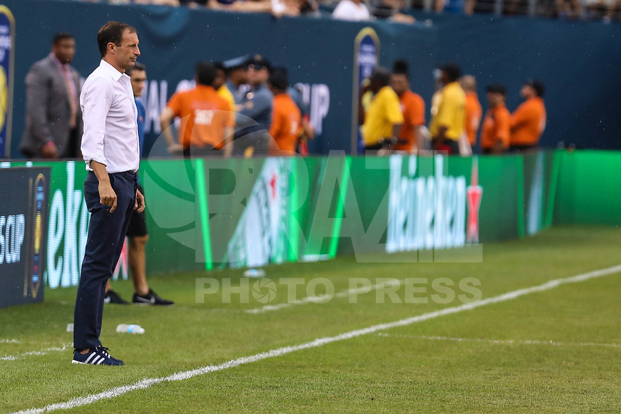EAST RUTHERFORD, USA, 22.07.2017 - JUVENTUS-BARCELONA - Massimiliano Allegri treinador do Juventus  durante partida contra Barcelona valido pela  International Champions Cup 2017 no MetLife Stadium na cidade de East Rutherford, New Jersey. (Foto: Vanessa Carvalho/Brazil Photo Press)