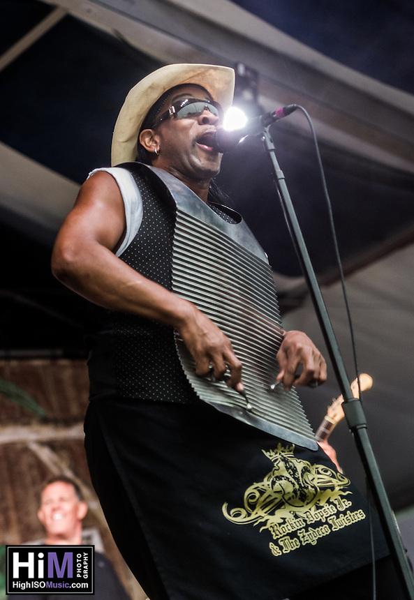 Rockin' Dopsie performs at Jazz Fest 2016.
